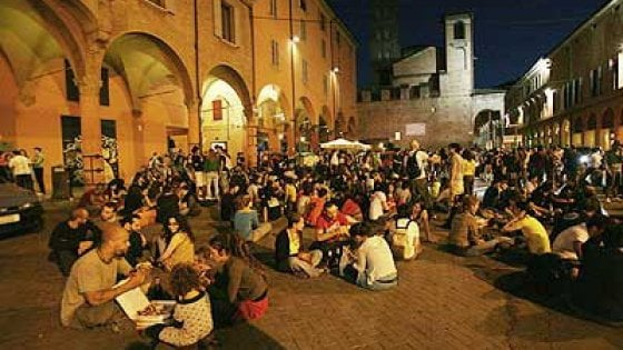 locali-notturni-bologna-piazza-verdi
