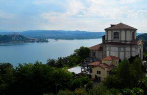 Arona-statua-di-san-carlo-borromeo-sancarlone