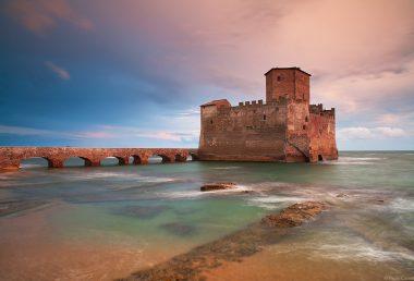Nettuno: storia, mare e relax alle porte di Roma