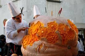 venzone-pumpkin-festival-village
