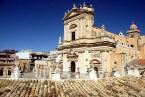 Basilica-trekking-urbano-ispica
