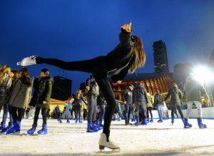 Milano-pista-di-pattinaggio-sul-ghiaccio