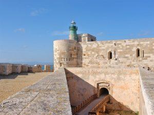 castello-maniace-ponte-siracusa