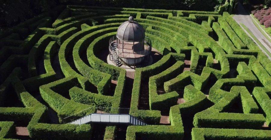 sigurtà-park-garden-labryinth-maze
