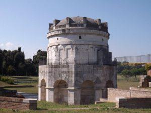 mosaics-ravenna-mausoleum