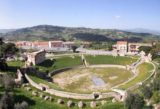 molise-region-larino-anfiteatro