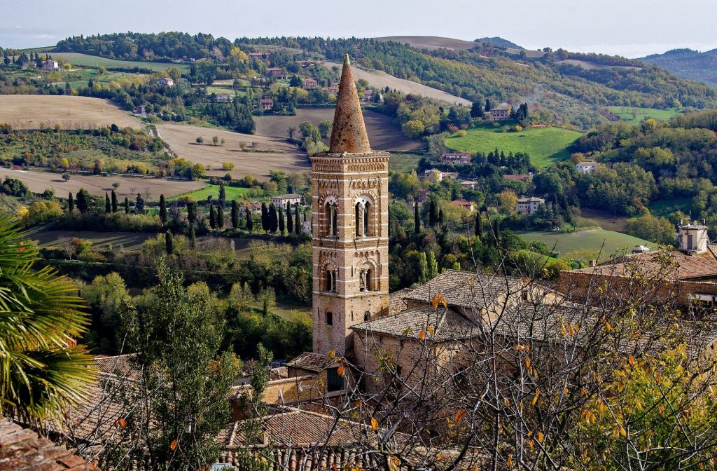 campanile-urbino-marche