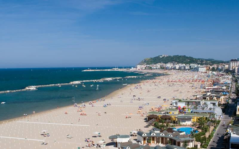 spiaggia-cattolica-san-giovanni-marignano