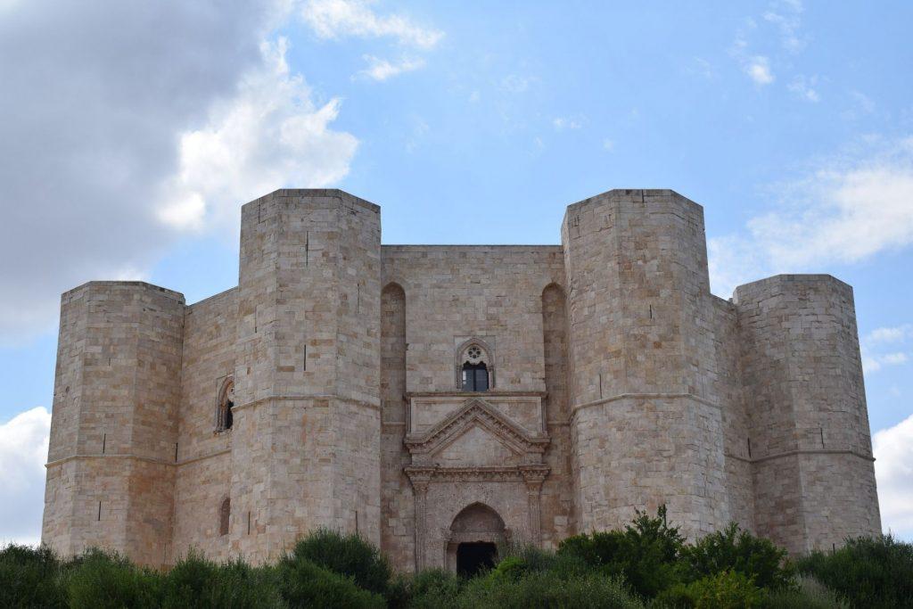 castel-del-monte-andria-puglia-apulia