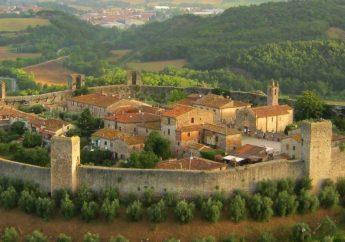 Monteriggioni's Castle and Medieval Village in the Siena Province