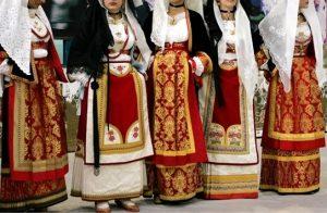 costumes-sardinia-barbagia-autumn