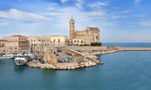 Trani: fuga romantica in Puglia