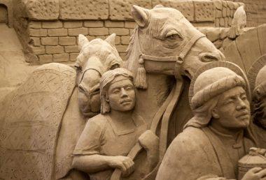 A Lignano Sabbiadoro torna la 16° edizione di Presepe di Sabbia