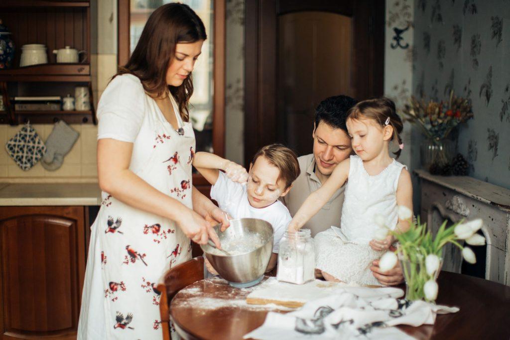 tiramisu-famiglia-cucina