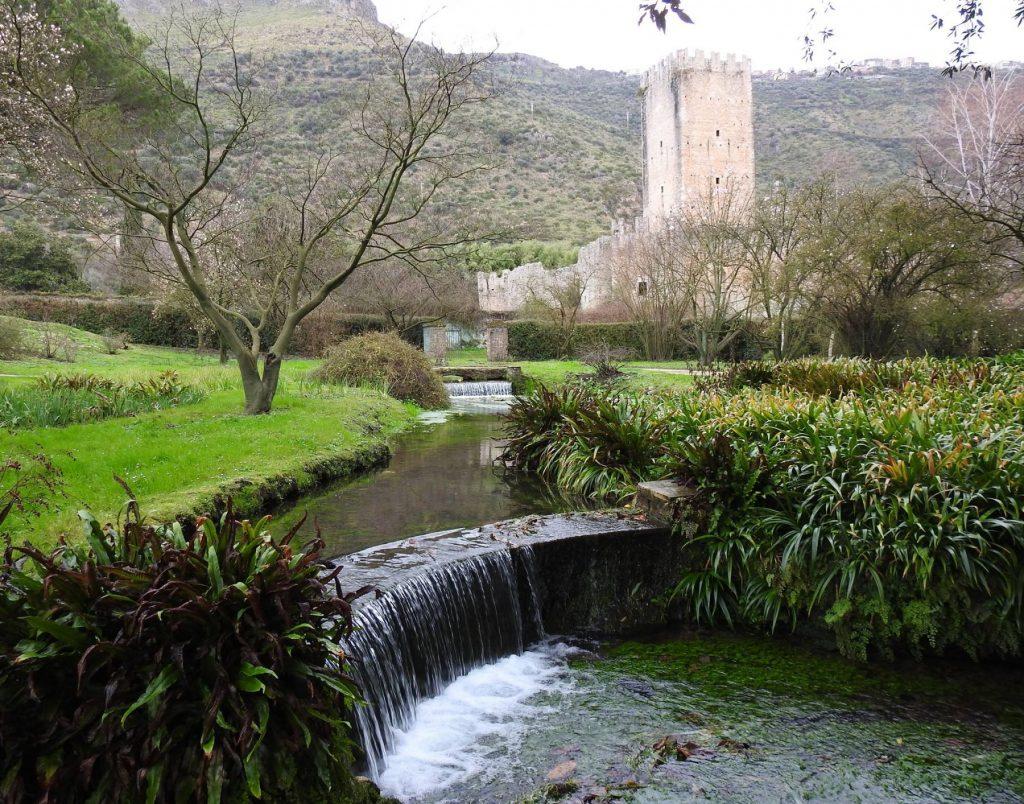 ninfa-giardini-latina-lazio