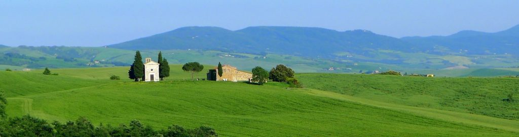 cappella-vitaleta-orcia-siena-tuscany