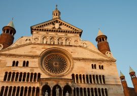 La bellezza di Cremona dai violini al Torrone