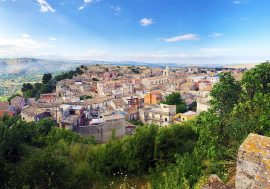 Palazzolo Acreide in Sicilia: Tremila anni di storia