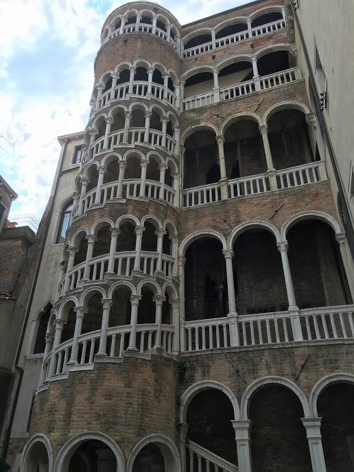 Scala Contarini del Bovolo-venezia