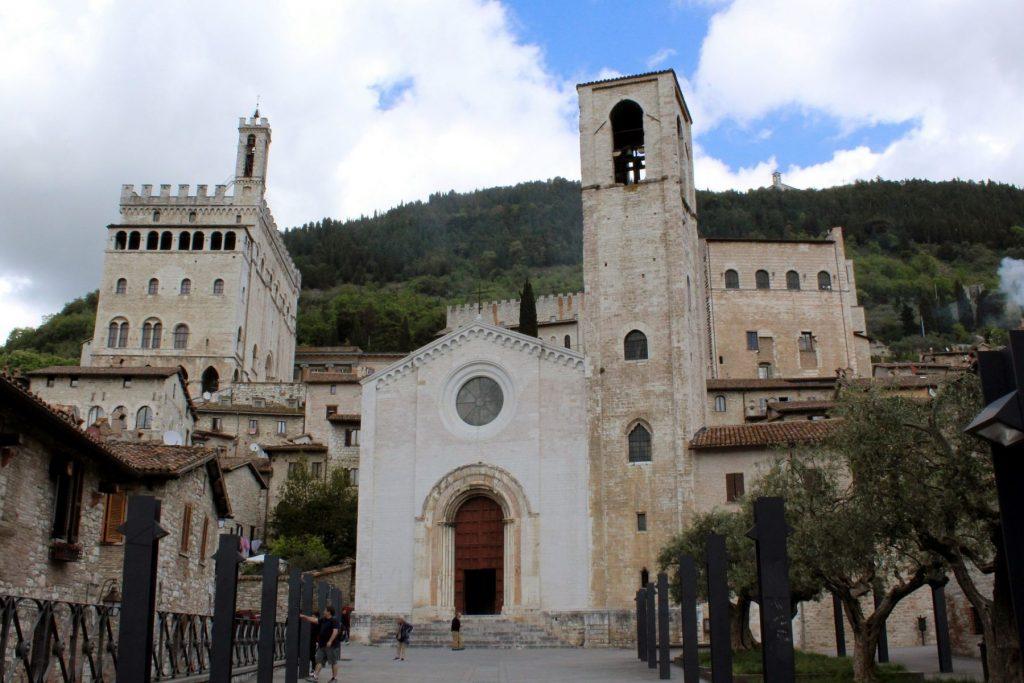 gubbio-chiesa-umbria