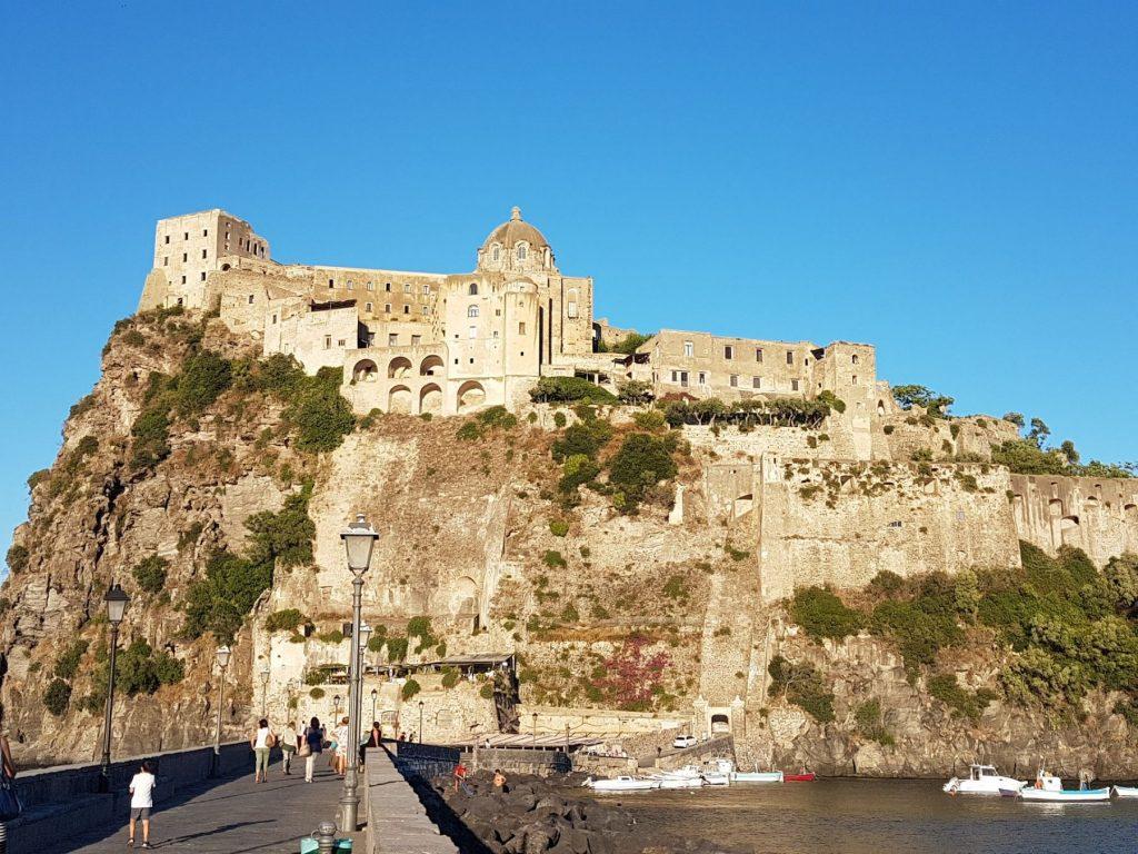 castello-aragonese-ischia-napoli