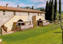 Stay at the Due Ponti Farmhouse in Chianni, Tuscany