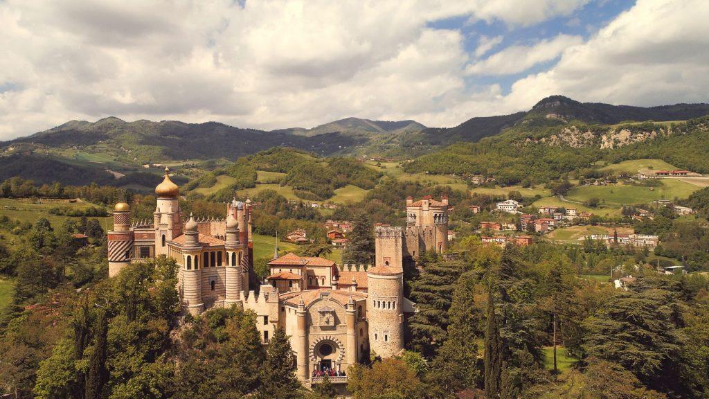rocchetta-mattei-castello-bologna