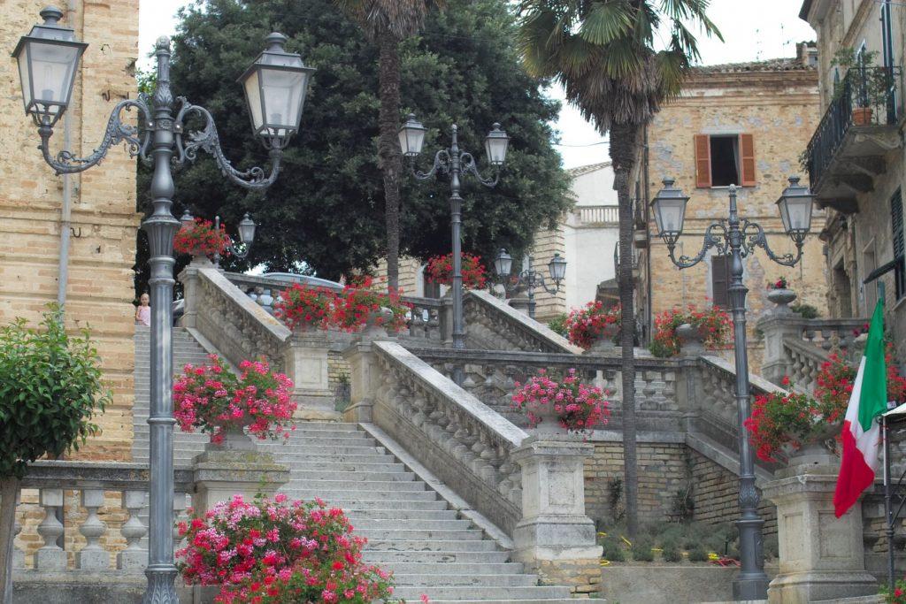 Colonnella-teramo-abruzzo-scalinata