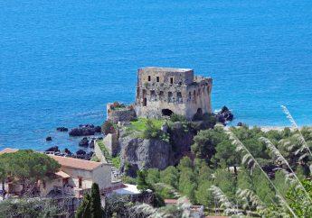 Praia a Mare sulla Riviera dei Cedri in Calabria