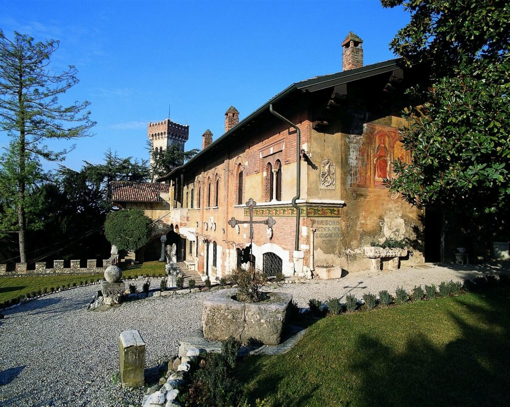 4-Casa-del-Podesta_dai-giardini-interni_Terrazza