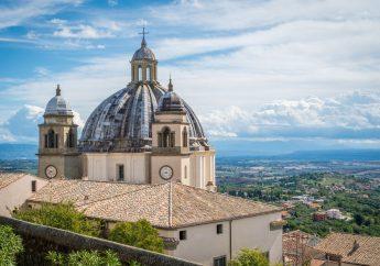 Montefiascone, la perla dell'Alto Lazio