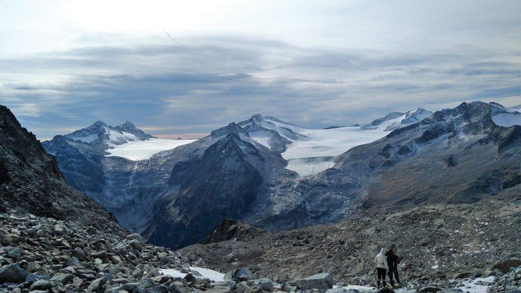 pian-di-neve-glacier-valcamonica