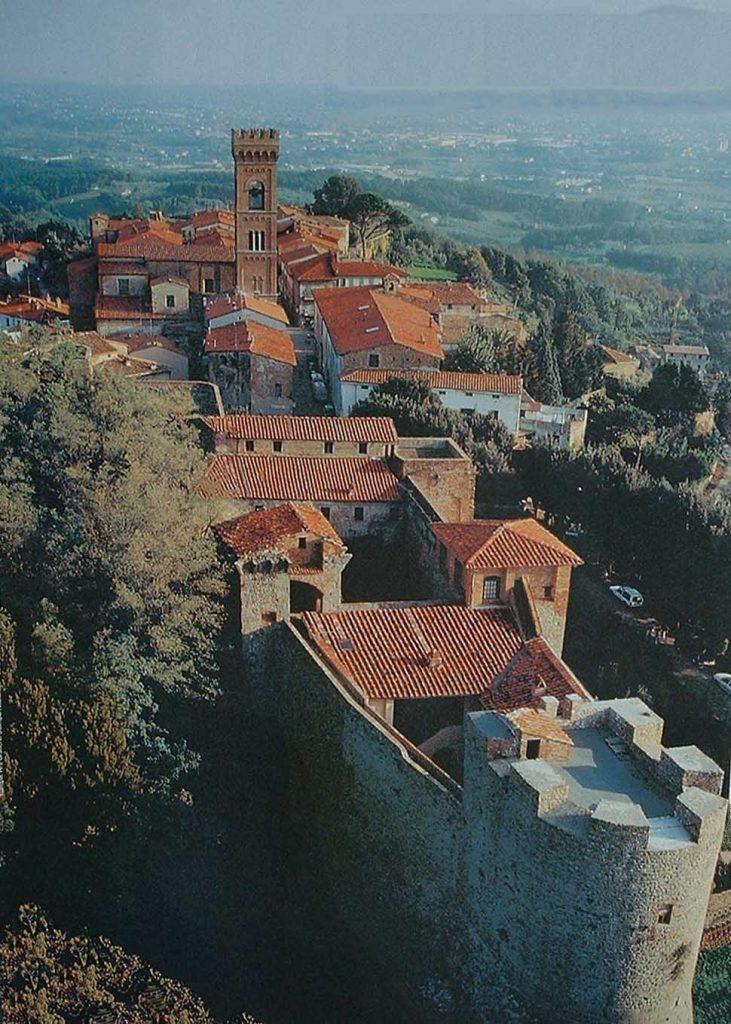montecarlo-lucca-toscana-fortezza